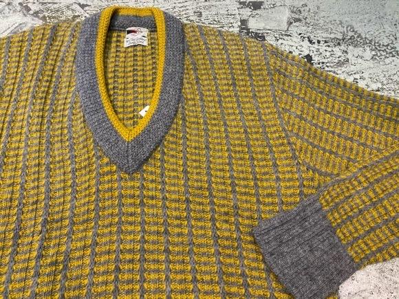 KnitSweater!! P.S)本日、1月5日(火)は定休日です!(マグネッツ大阪アメ村店)_c0078587_20585866.jpg