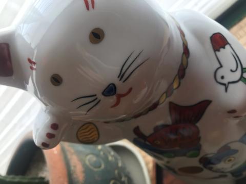 招き猫/yoshi_d0135801_12590152.jpg