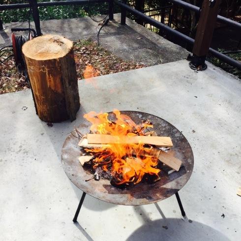 お洒落な焚き火カフェに癒される・・・_f0054260_10164359.jpg