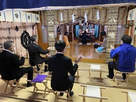 卸センター理事会で初詣に行きました。_f0141477_15124651.jpg