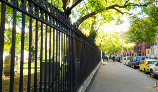 じわじわ、じっくりニューヨークの壁画巡り、イースト・ビレッジお散歩_b0007805_01063242.jpg