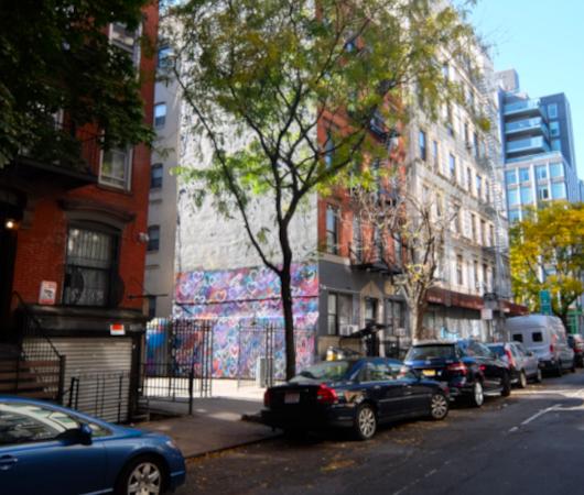 じわじわ、じっくりニューヨークの壁画巡り、イースト・ビレッジお散歩_b0007805_01214021.jpg