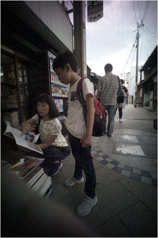 875.01 生き生きと(2020年5月30日ホロゴン15mmF8は勝手知ったる奈良町をのびのび散歩)1  奈良町へ_c0168172_22311987.jpg