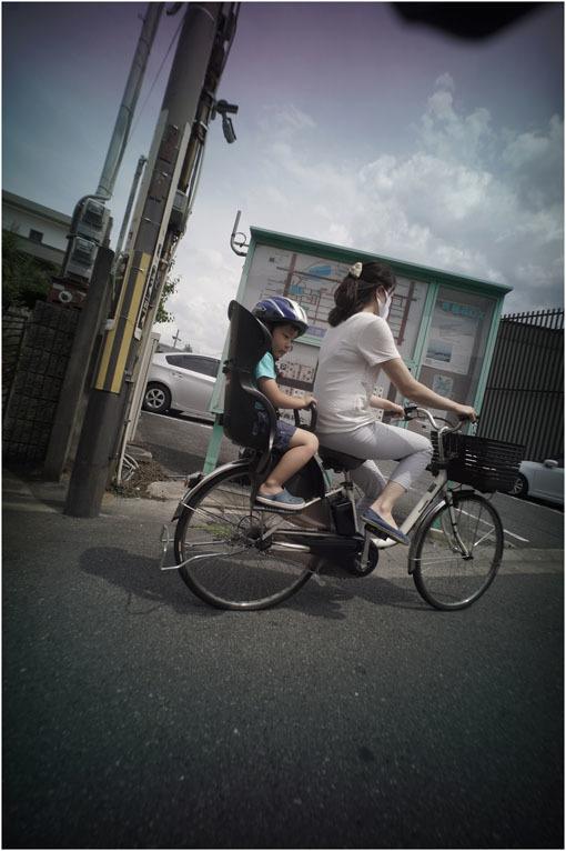 875.01 生き生きと(2020年5月30日ホロゴン15mmF8は勝手知ったる奈良町をのびのび散歩)1  奈良町へ_c0168172_22365949.jpg