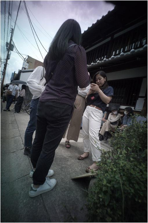 875.01 生き生きと(2020年5月30日ホロゴン15mmF8は勝手知ったる奈良町をのびのび散歩)1  奈良町へ_c0168172_22385484.jpg