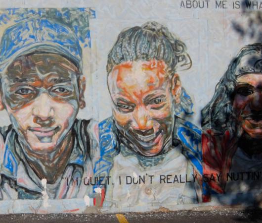 15年以上経ても残るニューヨークの駐車場に描かれた壁画_b0007805_03041701.jpg