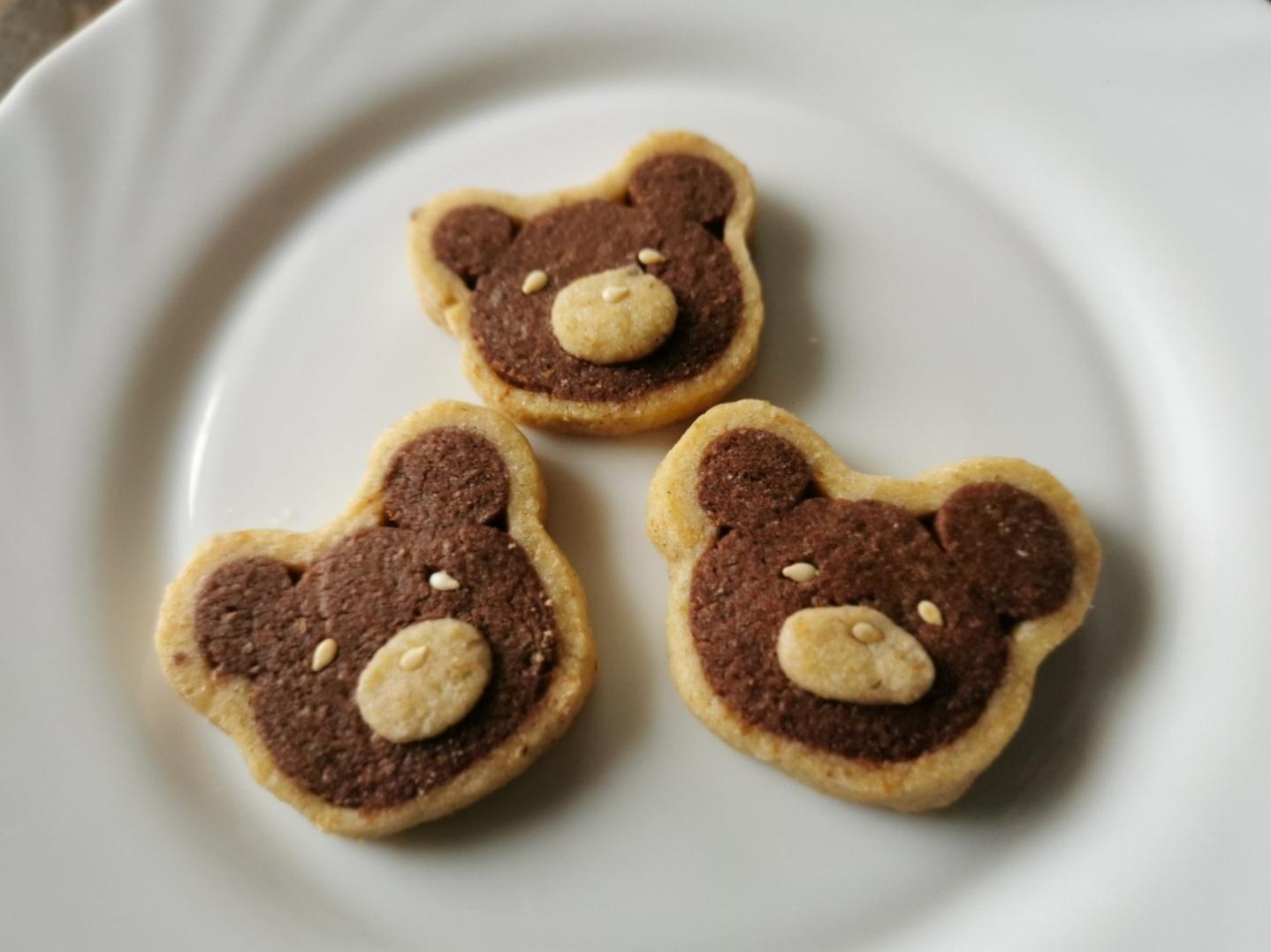 熊クッキーとファルソ・マーグロ_f0106597_02450990.jpg