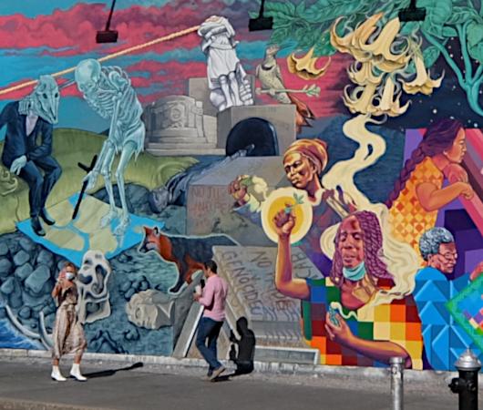 さすがNYで最も有名な壁画スポット、バウリー壁画(Bowery Mural)、横の隙間にもこんな壁画が・・・_b0007805_00434371.jpg