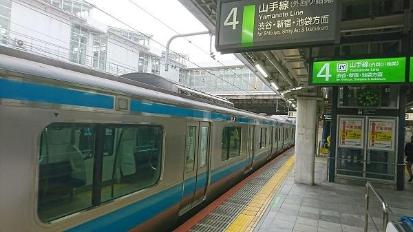 山手線・大崎駅に京浜東北線電車が来た_c0055552_15470730.jpg