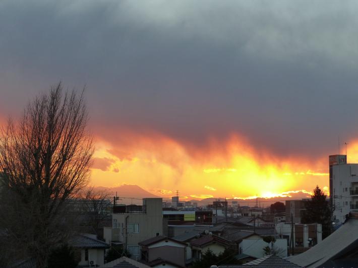 山火事⁈_f0296312_01160405.jpg