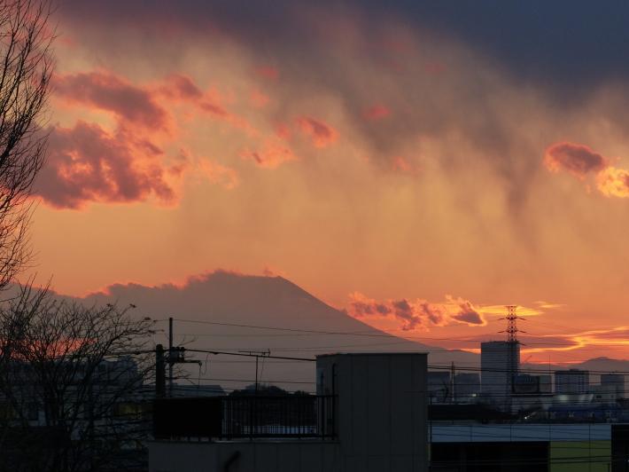 山火事⁈_f0296312_08182833.jpg