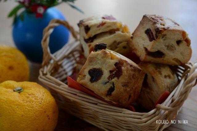 柚子酵母でシュトーレン、スコーン、酵母食パン_f0329586_12520229.jpg