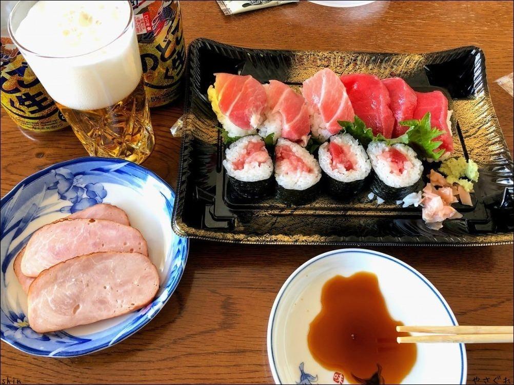 210110実家昼飯で晩は鯖のトマトマカロニ_a0352827_17394262.jpg