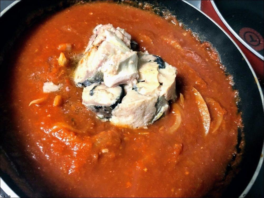 210110実家昼飯で晩は鯖のトマトマカロニ_a0352827_18040845.jpg