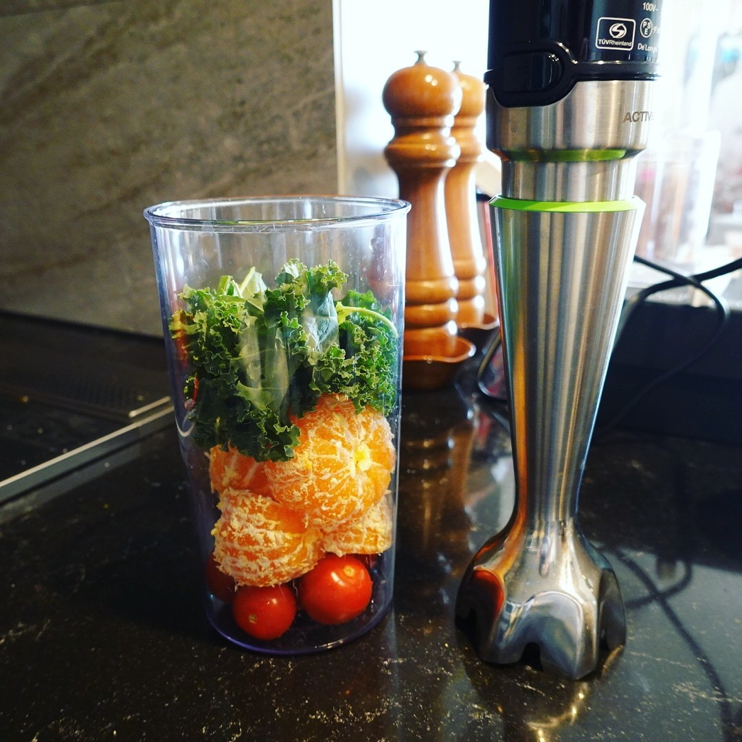 食日記「朝のジュース作り。」_b0277645_13285200.jpg