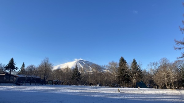 雪降るも雪解けのスピードいと早し。フィールドの様子は?_b0174425_10185543.jpg