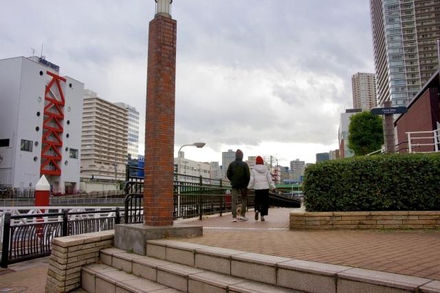 運河沿いの遊歩道_b0191026_16323152.jpeg