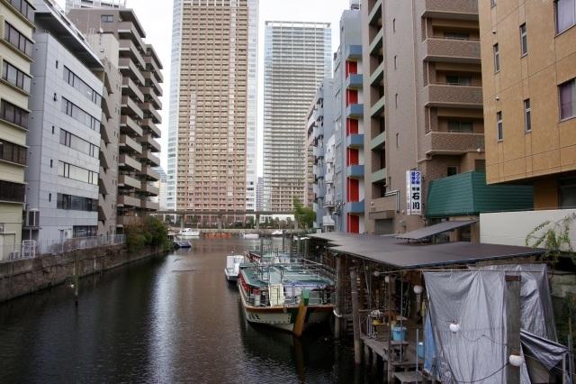 運河沿いの遊歩道_b0191026_16324519.jpeg