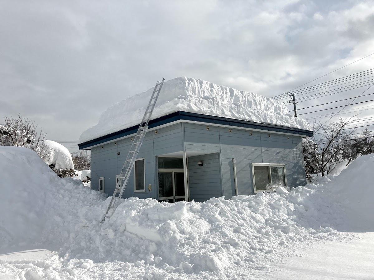 いえのえほん構造篇/多雪地域の陸屋根2_c0189970_12022542.jpg