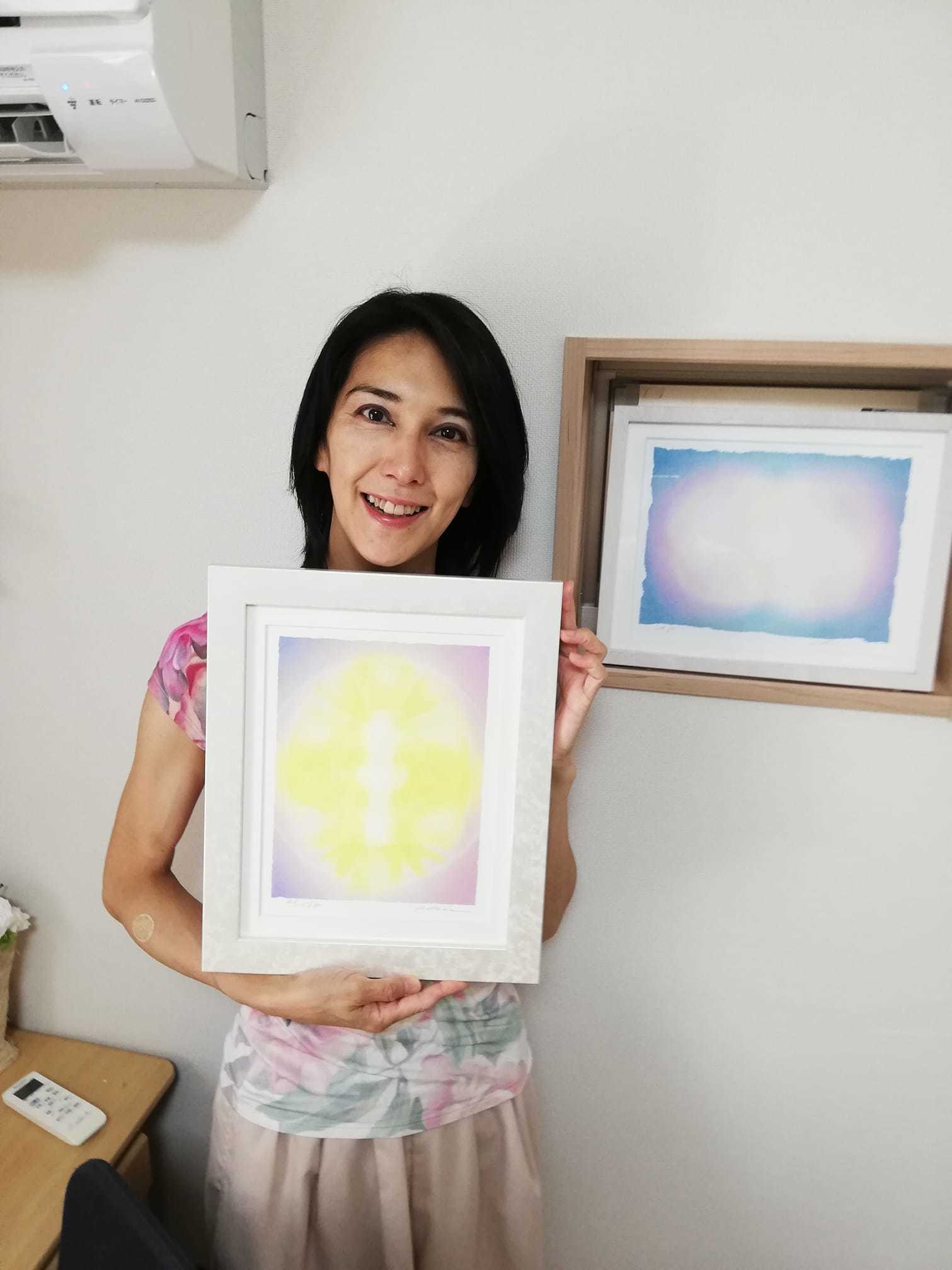 Art Chieさんの光の絵を観てきました_d0169072_09575150.jpg