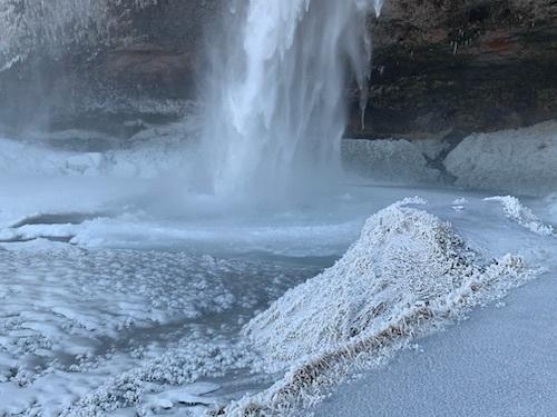 凍てつく南海岸の大瀑布_c0003620_05303021.jpeg