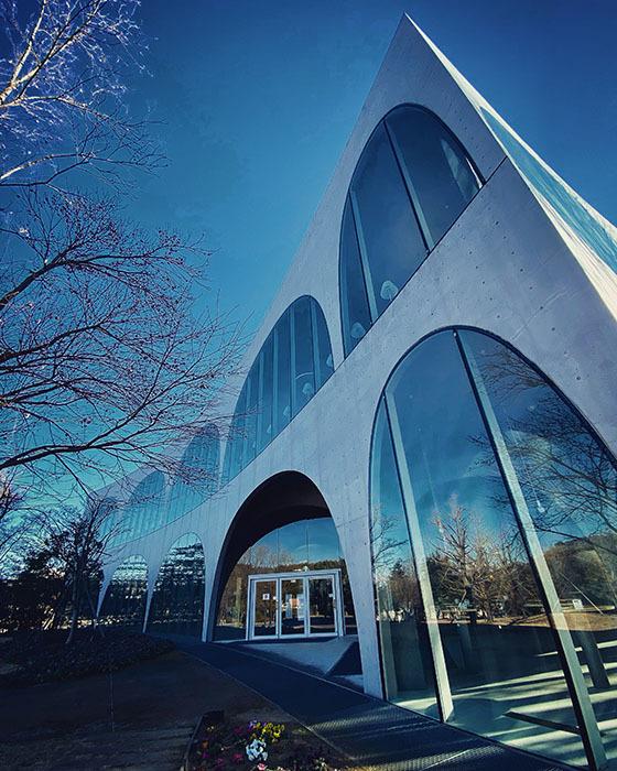 多摩美術大学 八王子図書館 / iPhone 11_c0334533_19193511.jpg