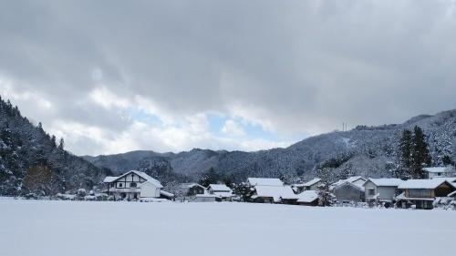 大雪に見舞われた年末年始でした。_c0300035_16485274.jpg