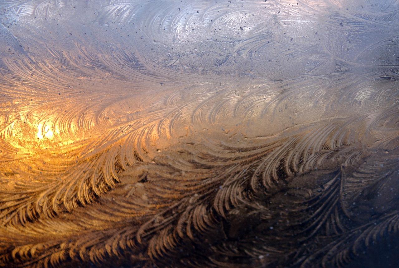 氷と風のつくる模様_c0192161_05321871.jpeg