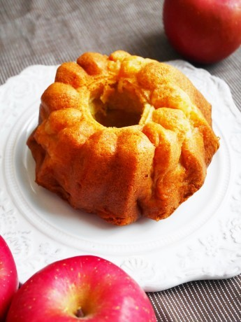 りんごのケイク♪_a0221886_04580749.jpg