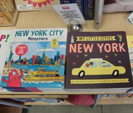 テネメント・ミュージアムで見かけたニューヨークっぽい雑貨やおもちゃ_b0007805_06511726.jpg