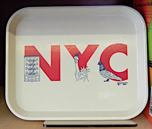 テネメント・ミュージアムで見かけたニューヨークっぽい雑貨やおもちゃ_b0007805_06522843.jpg