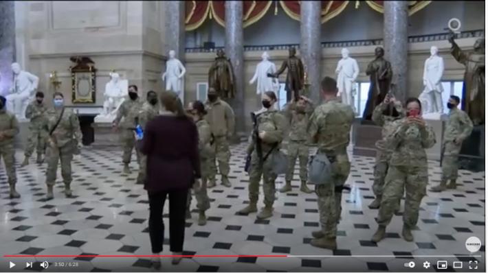 【まるでハリウッド映画!?】アメリカから目が離せない!米国首都国会議事堂に集う軍隊の姿はまるでUFOエイリアン襲来に備えるかのようだ!?_a0386130_11082119.png