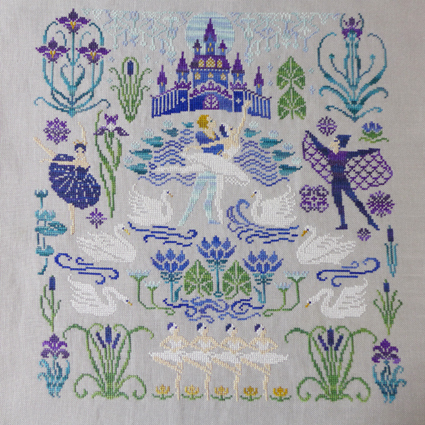 Owl Forest Embroidery Swan Lake お終い_b0180156_06153689.jpg
