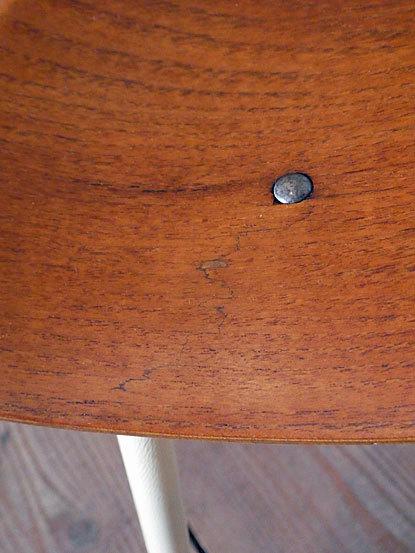 Astor Glibstrup 3 legs stool_c0139773_17411416.jpg