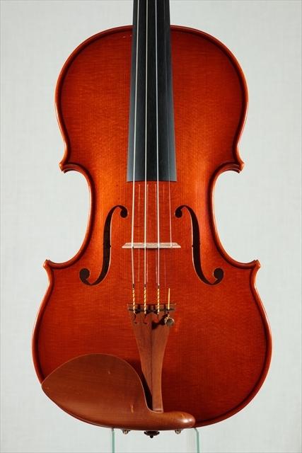 最新作ヴァイオリンのご紹介_d0047461_03480303.jpg