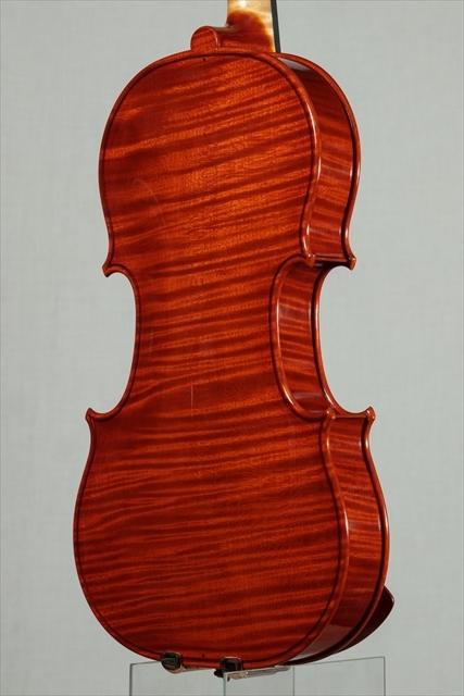 最新作ヴァイオリンのご紹介_d0047461_03480347.jpg