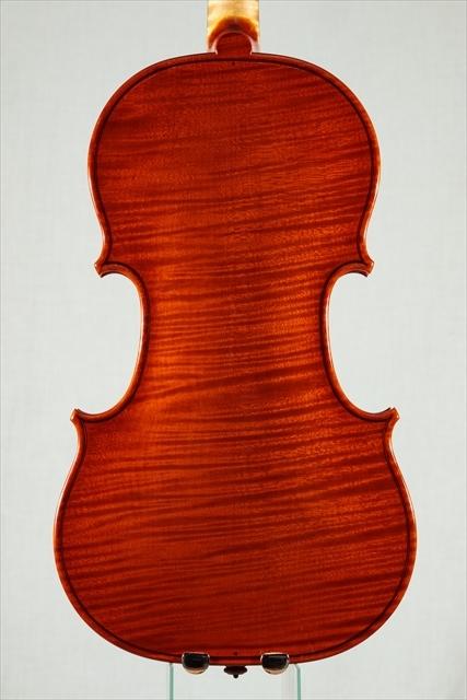 最新作ヴァイオリンのご紹介_d0047461_03480353.jpg
