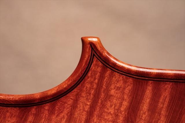 最新作ヴァイオリンのご紹介_d0047461_03484454.jpg