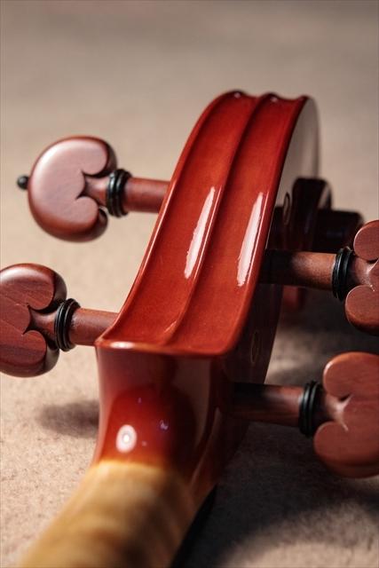 最新作ヴァイオリンのご紹介_d0047461_03484560.jpg