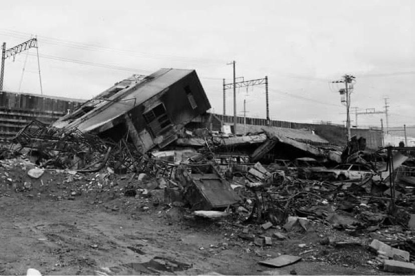 阪神淡路大震災 四半世紀+1年(私的回想)_a0020162_14103875.jpeg