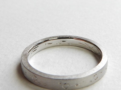 海の中をモチーフにした結婚指輪 オーダーメイド 岡山_d0237570_13245308.jpg