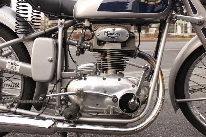 Mondial 125 Turismo_a0208987_17213022.jpeg