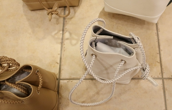 Blancle から巾着型トートバッグ新色が入荷です。_c0227633_14591908.jpg