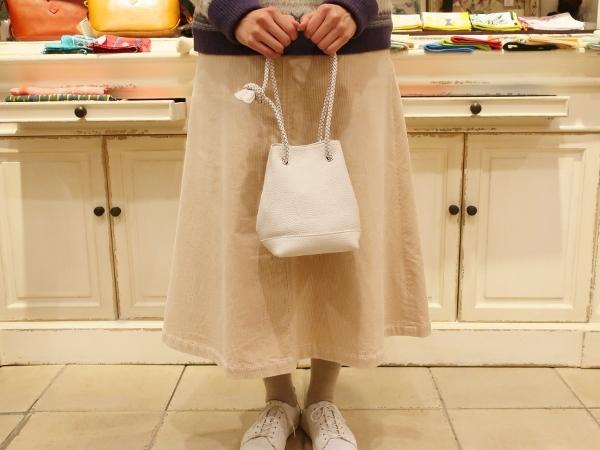 Blancle から巾着型トートバッグ新色が入荷です。_c0227633_14593325.jpg
