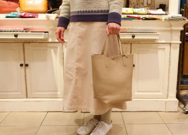 Blancle から巾着型トートバッグ新色が入荷です。_c0227633_15014606.jpg
