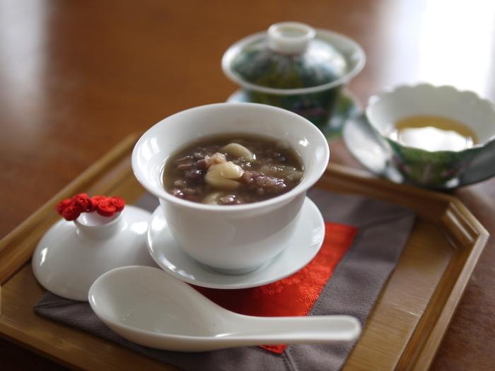 百合根と蓮の実いり小豆のおしるこ_a0169924_23402581.jpg