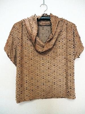 くったりネックシャツ_f0129726_18590647.jpg