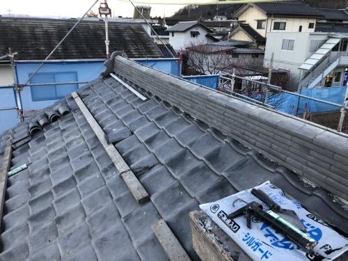 韮崎市 本燻しの屋根 其の四_b0242734_21282781.jpeg