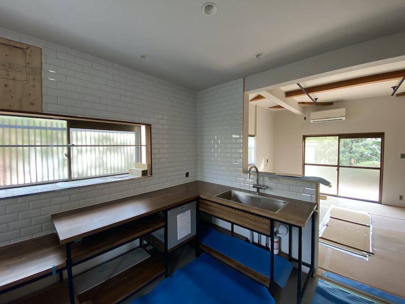 オリジナルキッチン設置完了。_f0176239_07323155.jpeg