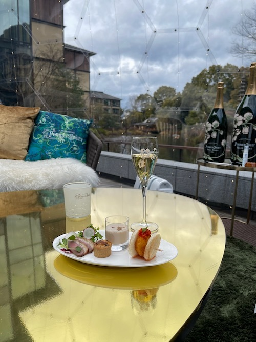 Baccarat ROHAN と、京都フォーシーズンズホテルのシャンパンドーム。_c0108595_23504325.jpeg